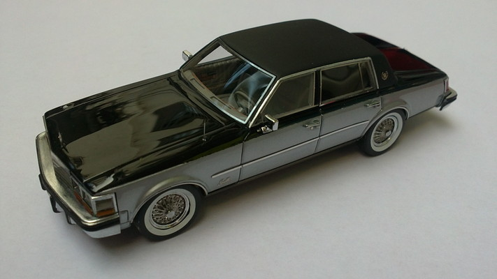 Neo Scale Models 1/43 Cadillac Seville Elegance 1978