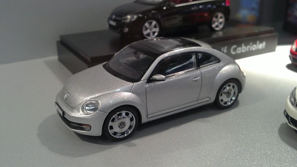 Schuco 1-43 New Beetle 2012