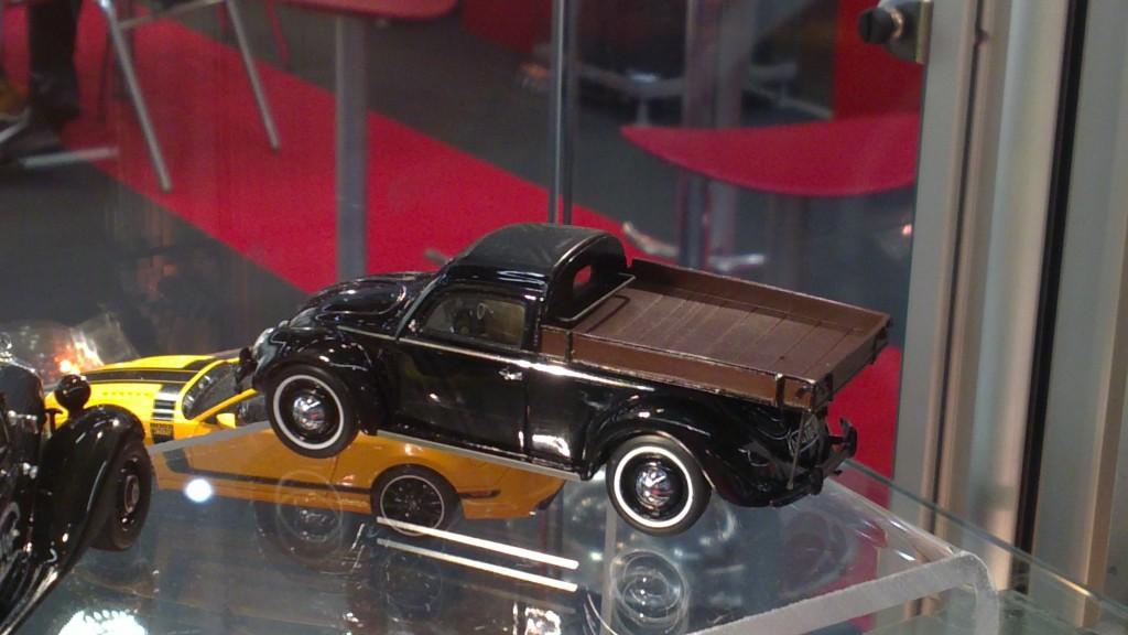 Schuco 1-43 Volkswage Käfer camioneta_2